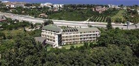 Armir Palace (Ex. Millennium Palace Hotel) - -