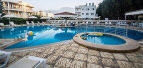 Sammys Hotel - -