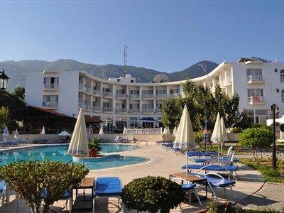 Hotel Sempati Girne