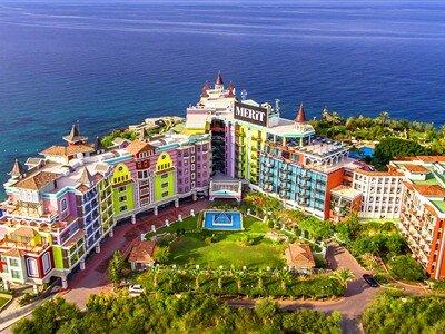 Merit Crystal Cove Hotel & Casino Girne