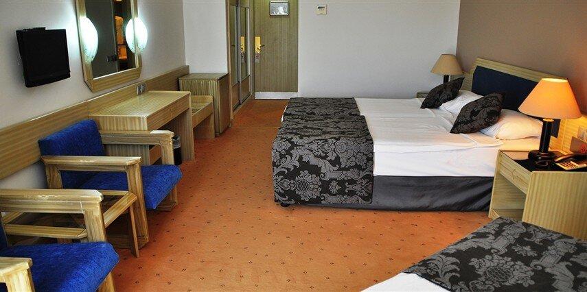 Club Hotel Maxima Bay