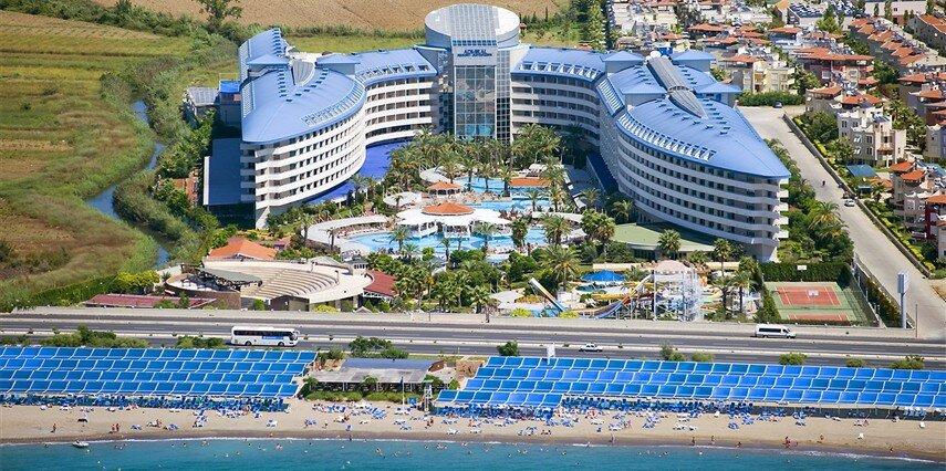Crystal Admiral Resort Suites & Spa Antalya Side
