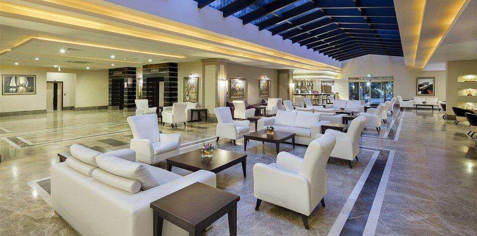 Aydınbey Famous Resort Hotel Özellikleri ve Fiyatları TatilBudur