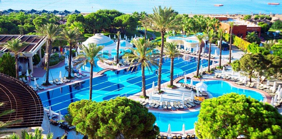 https://ucdn.tatilbudur.net/Otel/960x475/limak-atlantis-de-luxe-hotel-resort1_281008.jpg