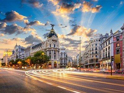 İspanya Krallığı Turu Pegasus Havayolları İle (BCN-MAD)