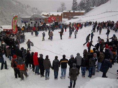 Uçaklı Ayder Yaylası Kardan Adam Festivali Turu / 1 Gece Otel Konaklaması